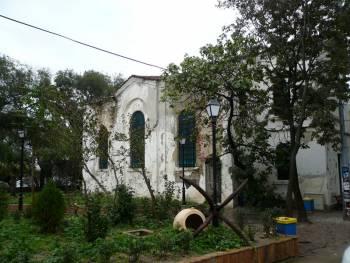 Стара църква в Созопол