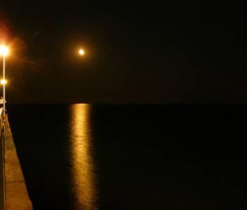 От моста в Слънчев Бряг