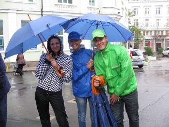 singing in the rain :)))