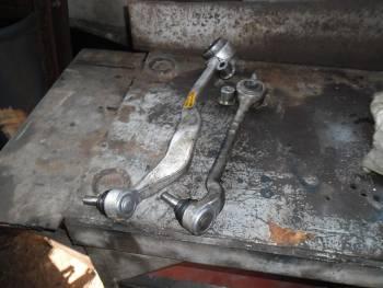 Рмонтира пециклира шарнирни болтове носачи