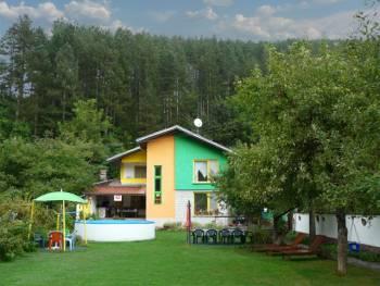 Вила Колор-къща за почивка в Троянския балкан